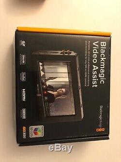 Blackmagic Design Video Assist HDMI/6G-SDI Recorder 1920 x 1080 Touchscreen LCD