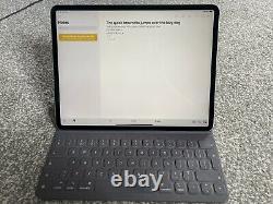 IPad Pro 3rd gen 12.9 256gb Bundle (With Apple Keyboard Folio Case)