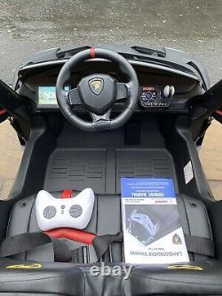 Lamborgini Venono, Matt Black, 2 Seater, Touch Screen LCD, 24v, Kids Ride On