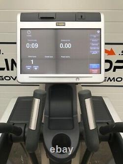 Technogym Vario Excite 700 Elliptische Crosstrainer LCD