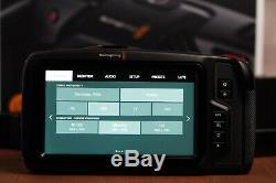 Blackmagic Design 4k Caméra Pocket Cinema Résolution 5 Pouces LCD Tactile
